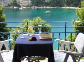 Kavos Hotel, hotell nära Skopelos hamn, Patitiri