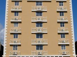 Hotel Andros, hotel en Colón
