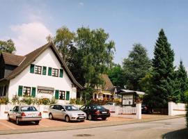 Landhaus Sassenhof, hotel near Galeria Kuhstraße, Mülheim an der Ruhr