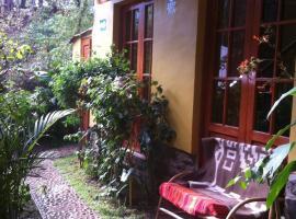 Wayras Hostal, inn in Ollantaytambo