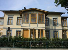 Villa Albus, serviced apartment in Ahlbeck