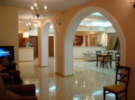 Ξενοδοχείο Νεφέλη, ξενοδοχείο στον Άγιο Κήρυκο