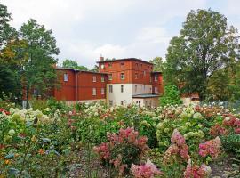Dom Wypoczynkowy Admirał, hotel in Karpacz