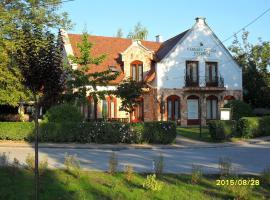 Várkert Panzió, hotel in Miskolc