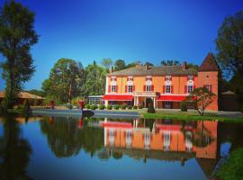 Hôtel du Bois Blanc Relais et Châteaux, hotel in Vonnas