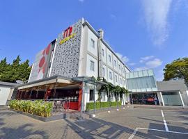 Zodiak Sutami by KAGUM Hotels, hotel near Husein Sastranegara Airport - BDO, Bandung