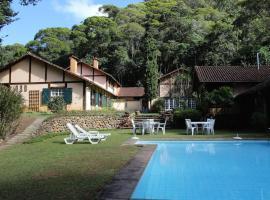 Casa do Fachoalto, B&B in Petrópolis