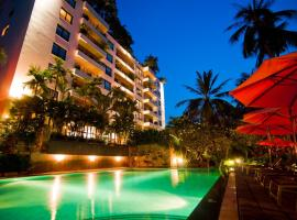 Saigon Domaine Luxury Residences, hotel near Binh Quoi 2, Ho Chi Minh City