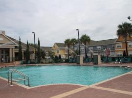 The Villas at Seven Dwarfs Lane, hotel near Kissimmee Value Outlet Shops, Kissimmee