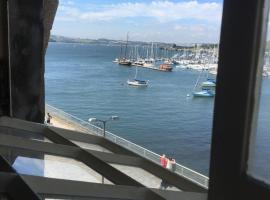 Mayflower Apartments, Royal William Yard, apartment in Plymouth