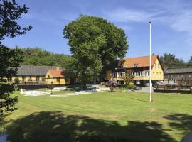 Hotel Skovly, hotel i Rønne