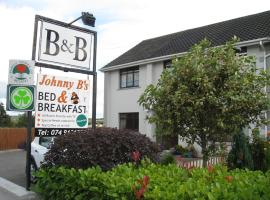 Johnny B's B&B, hotel near Isaac Butt Heritage Centre, Ballybofey