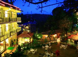 Kasauli Castle Resort, hotel in Kasauli