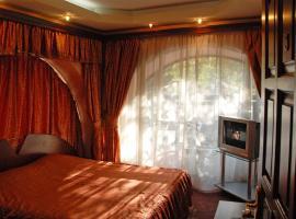 Praha Hotel, отель в Ереване