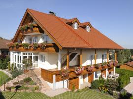 Boutique Hotel Angerer, hotel near Glentleiten Open Air Museum, Murnau am Staffelsee