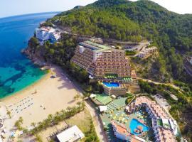 Hotel Cartago - All Inclusive, hotel near Can Marça Caves, Puerto de San Miguel