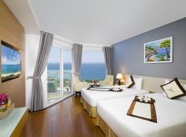 Dendro Gold Hotel, spa hotel in Nha Trang