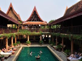 โรงแรมเรือนไทย โรงแรมในสุโขทัย