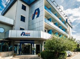 Hotel Amico, hotell i Citta' Sant'Angelo