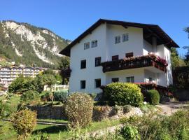 Villa Ginestra, hotel near Molveno Lake, Molveno