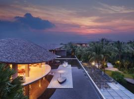 Renaissance Phuket Resort & Spa, resort in Mai Khao Beach