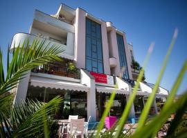 Hotel Residence Le Ceramiche, hotel a Montalto Uffugo