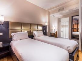 Hotel Jenner, hotel near Chevaleret Metro Station, Paris