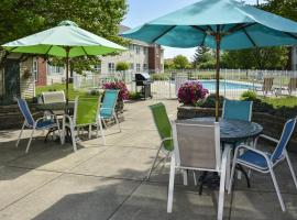 Cresthill Suites Syracuse, hotel near Syracuse Hancock International Airport - SYR, East Syracuse
