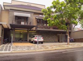 Kana Citra Guesthouse, homestay di Surabaya