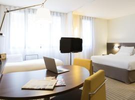 Novotel Suites Paris Rueil Malmaison, hôtel à Rueil-Malmaison