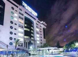 The Penthouse Suites Hotel, отель в Тунисе