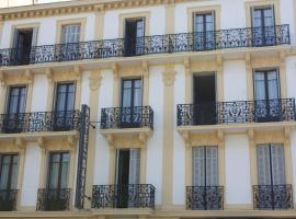 Hotel Savoy, отель в Экс-ле-Бен