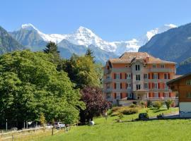 Hotel Berghof Amaranth, hotel in Wilderswil