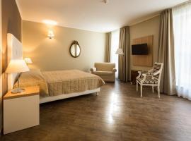 Hotel Monteverde, hotell i Acqui Terme