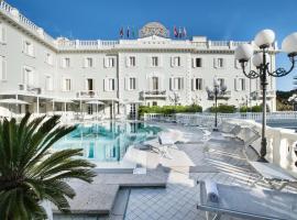 Grand Hotel Des Bains, hotel a Riccione