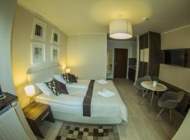Apartamenty Atena, hotel with jacuzzis in Świnoujście