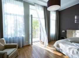 Riga Lux Apartments - Ernesta, Free parking, puhkemajutus Riias