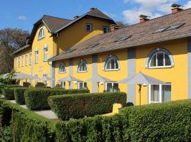 Gästehaus Karl August, Hotel in der Nähe von: Aqualux-Therme, Fohnsdorf