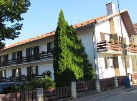 Penzion Iris, hotel in Rajecké Teplice