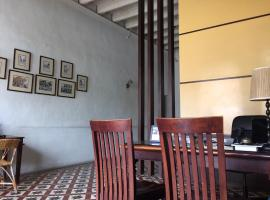 Old Penang Guesthouse, guest house in George Town