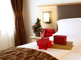 Hotel Portici - Romantik & Wellness, hotel in Riva del Garda