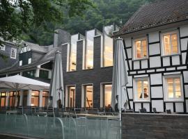 Seminar- & Freizeithotel Große Ledder, hotel near Seilbahn Burg, Wermelskirchen