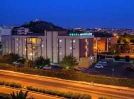 Hotel Quadrifoglio, отель в Кальяри