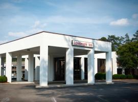 Landmark Inn, motel in Hartsville