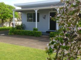 Phillip Island Cottages, B&B in Cowes