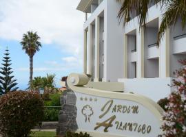 Hotel Jardim Atlantico, hotel in Calheta