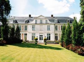 Chambres d'hôtes Château de Courcelette, hotel near Jean Stablinski Indoor Velodrome, Hem