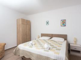 Apartment Family Tokic, hotel near Dubrovnik Bridge, Dubrovnik