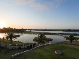 Martin Fields Beach Retreat, hotel near Port Geographe Marina, Busselton