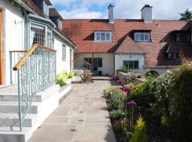 Sandford Country Cottages, hotel in Newport-On-Tay